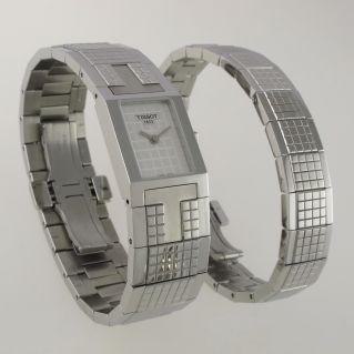 TISSOT Damenuhr Schweizer Quarz mit freiem Armband