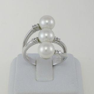 Anello NIMEI - Trilogy di Perle naturali coltivate e diamanti, Oro bianco 750‰