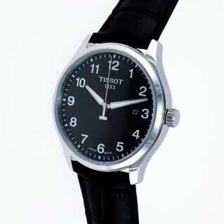Men's Watch TISSOT GENT XL CLASSIC Black dial - leather strap