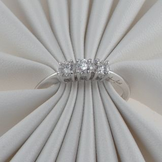 Anello Tilogy GIANNI CARITA' Diamanti Ct 0,42 G color - Oro bianco 18 Kt