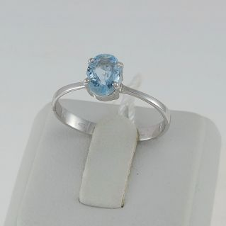PENSIERI - 0.80 Ct Aquamarine Ring - 18 Kt White Gold