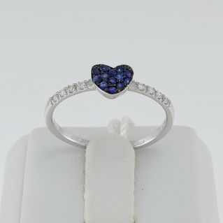 PENSIERI Ring - Central Heart with Sapphires and Side Diamonds - 18 Kt White Gold