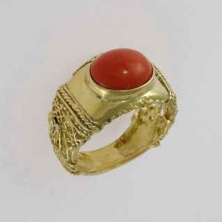 18 Kt yellow gold ring with red coral spool - lost wax processing