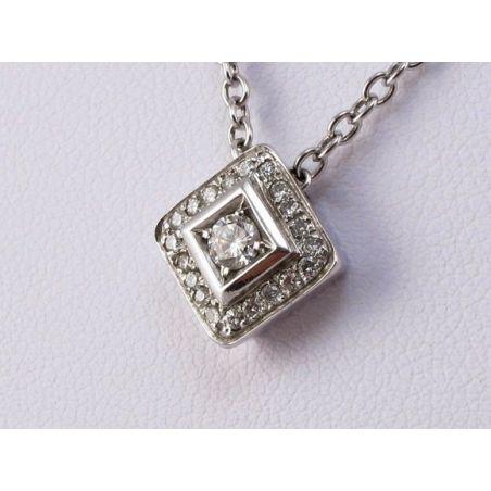 Necklace CENTOVENTUNO (121) 18 kt white gold, central pendant Ct 0,26 diamonds