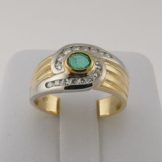 Ring with Ct 0.30 Central Emerald and 0.26 Ct side Diamonds - 18 Kt Yellow & withe Gold